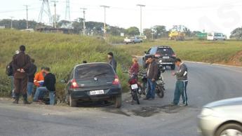 Acidente aconteceu quando a mulher atravessava a rodovia