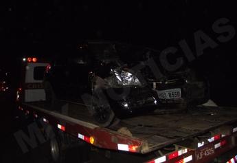 Veículo da Chevrolet ficou com a frente bem destruída