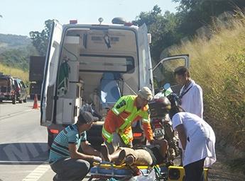 Equipes de resgate em ação